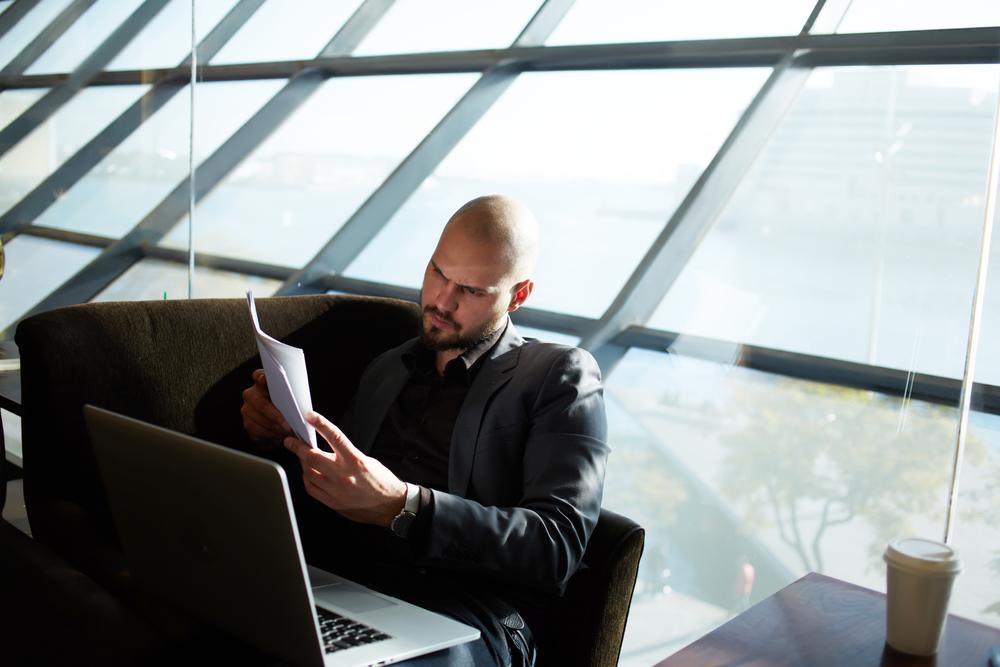 Où devez-vous envoyer votre formulaire de réclamation de retard de vol ?